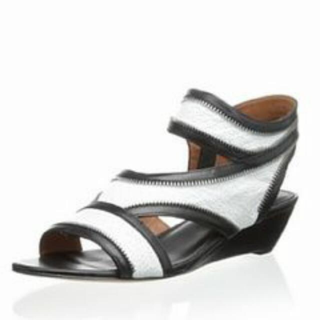 2折 Rebecca Minkoff Lorant 楔形涼鞋 8.5號