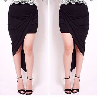 ASSYMETRICAL SKIRT