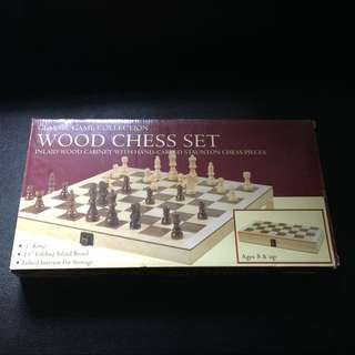 """Chess 15"""" Wooden"""