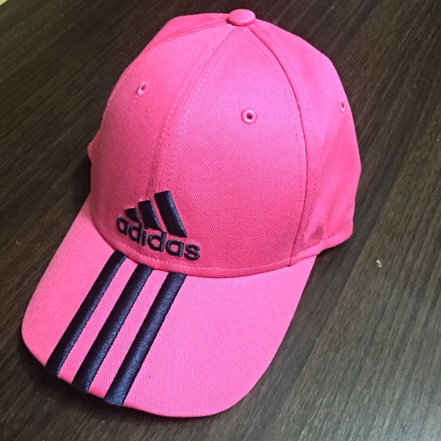 Adidas 粉色彎帽