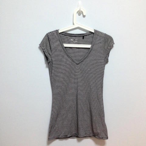 Guess Cotton T-shirt (Brand New)