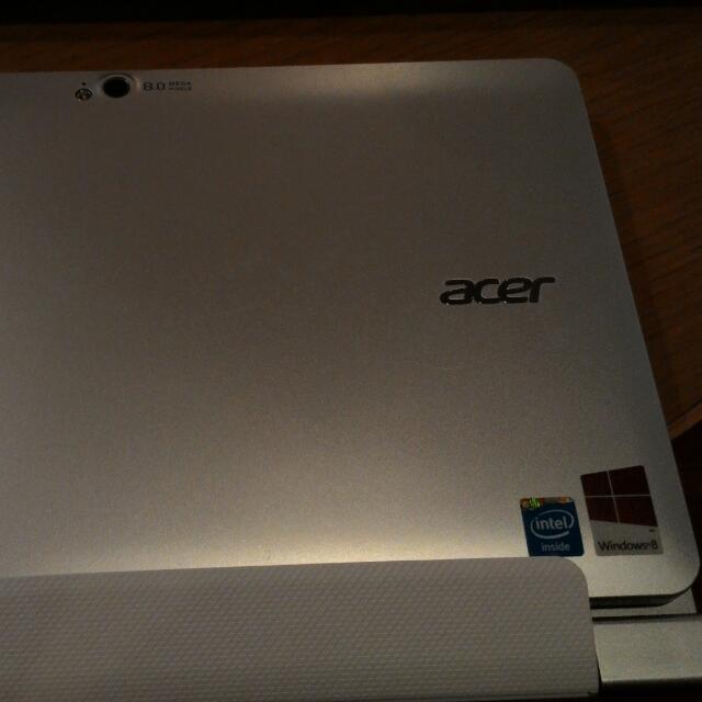 宏碁 Acer 變形平板 W510 (八成新、二手、有配件)