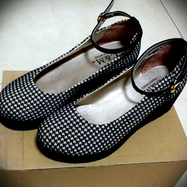 近全新  千鳥紋瑪莉珍風格鞋