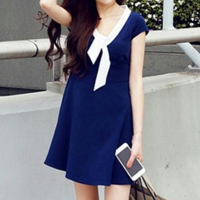 學院風氣質修身海軍風連衣裙 顯瘦,含運