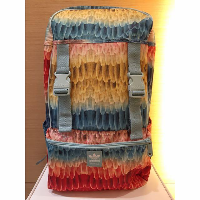 全新正品 Adidas Originals 叢林系列 滿版 後背包