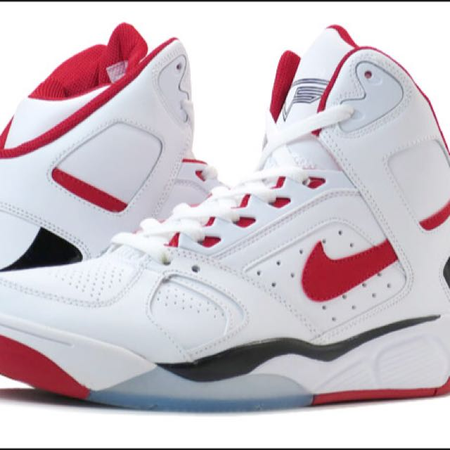 Llave galón elefante  Brand New Nike Air Flight Lite High, white/red/black ( Fire sales!!),  Sports on Carousell