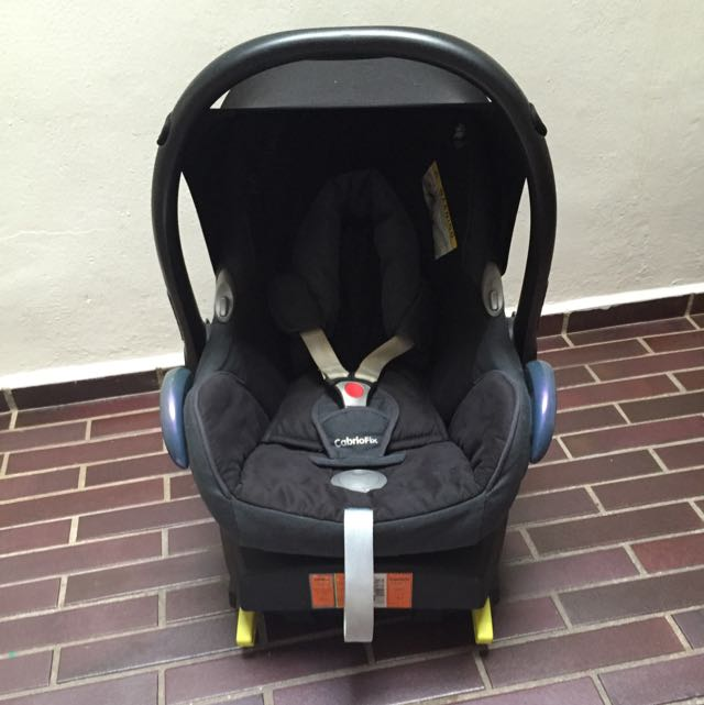 Maxi Cosi Cabriofix Seat And Base