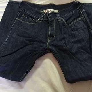 Levis牛仔褲