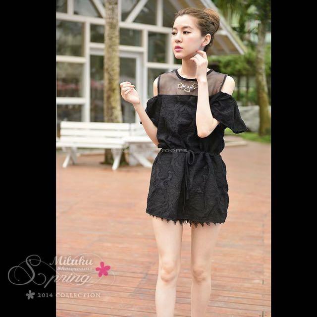 蕾絲薄紗黑色洋裝