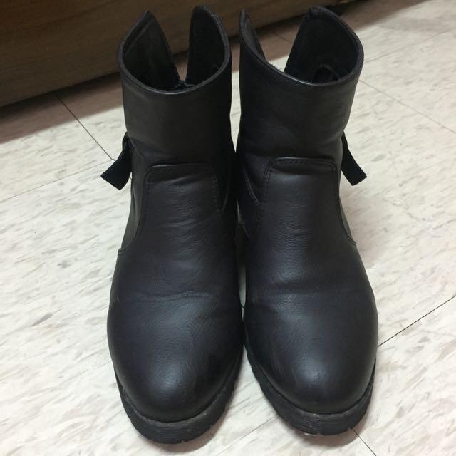 ‼️降價 ‼️黑色 靴子 增高 皮 防水💦