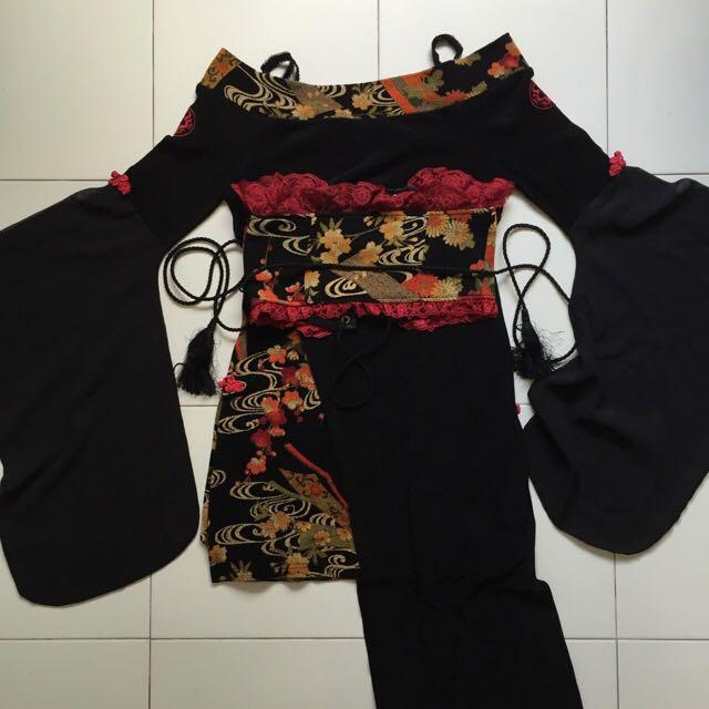 Qutie Frash Dress