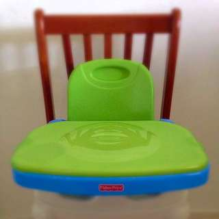 ***SELLING PRELOVED Fisher-Price® Healthy Care™ Booster Seat***