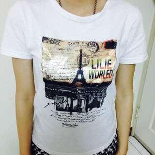 巴黎鐵塔白色上衣 $50