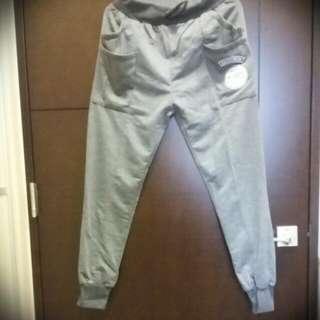 運動褲(窄管)