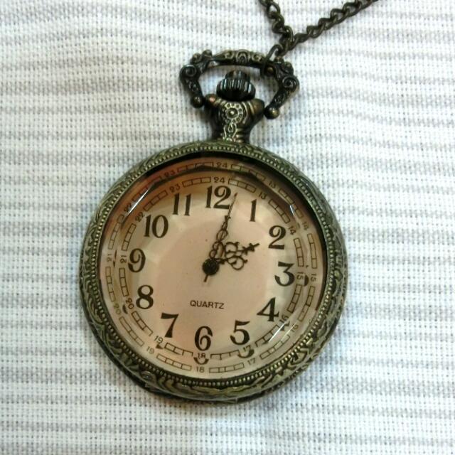 ::造型鐘長項鍊韓含運