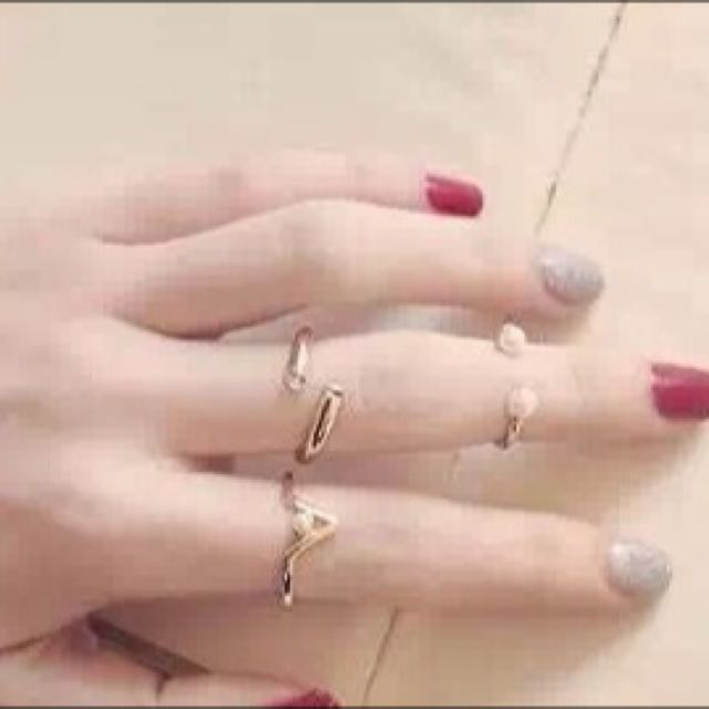 金色三個一組珍珠鑽飾戒指