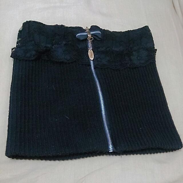 「九成新」二手公益*黑平口針織上衣(可當短裙)