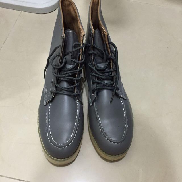 (含運)九成新 男鞋 靴款 高筒 灰色 牛津鞋 43號