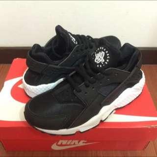 Nike 黑武士 真品 黑色白底