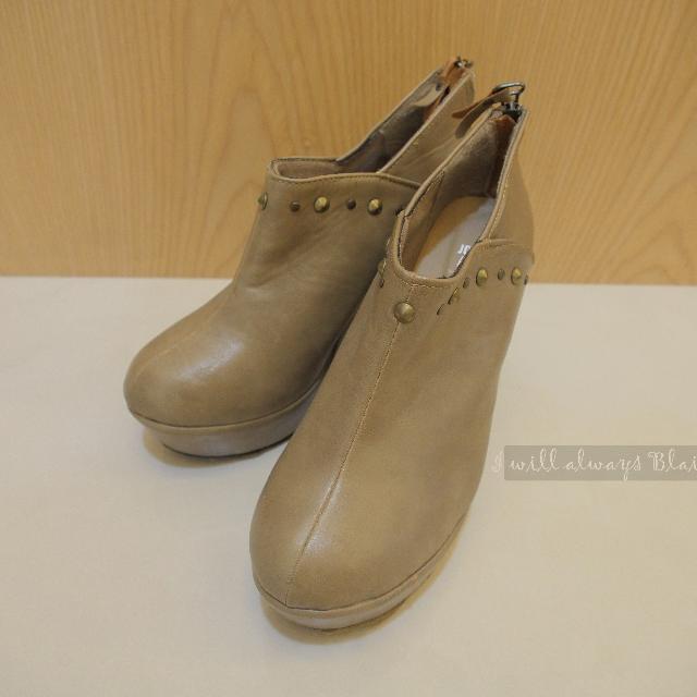 (全新)羅馬楔型皮厚跟鞋
