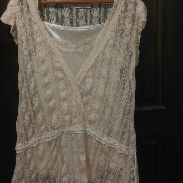 (可換物,多退少補)米色夢幻蕾絲上衣