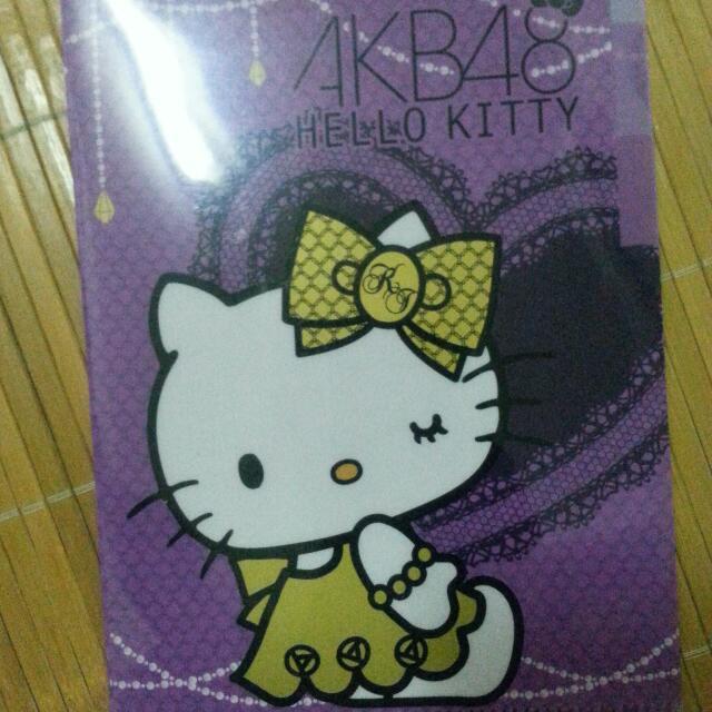 全新 AKB48 HELLO KITTY B5 三層資料夾 共4款 各4個
