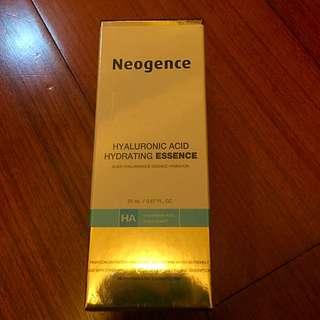 Neogence 玻尿酸保溼原液