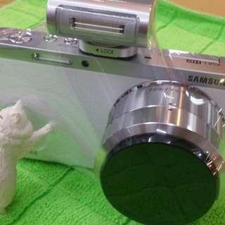保留中samsung NX-MINI 9-27mm 白色9.99新保固內