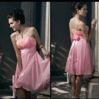 東京著衣粉紅洋裝