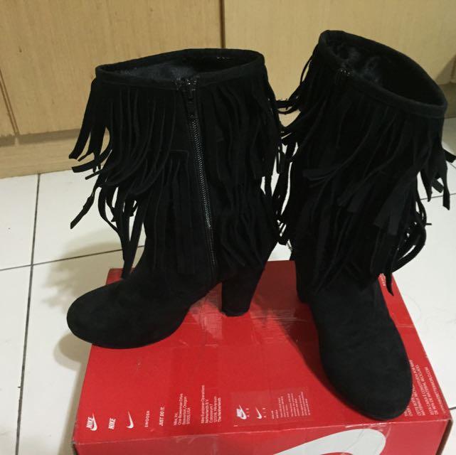 流蘇高跟靴 尺寸38