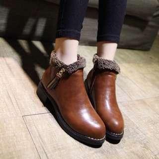 毛毛反摺拉鍊踝靴靴(38號)
