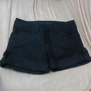 【九成新】二手公益*黑毛呢短褲