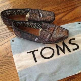 TOMS亮片鞋W9