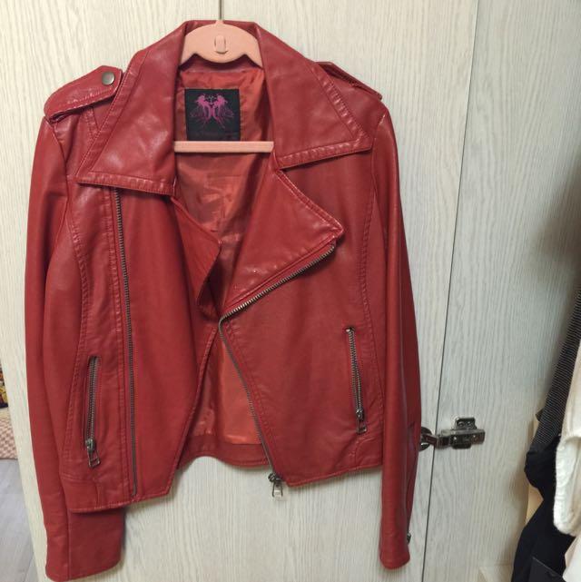 全新紅皮外套