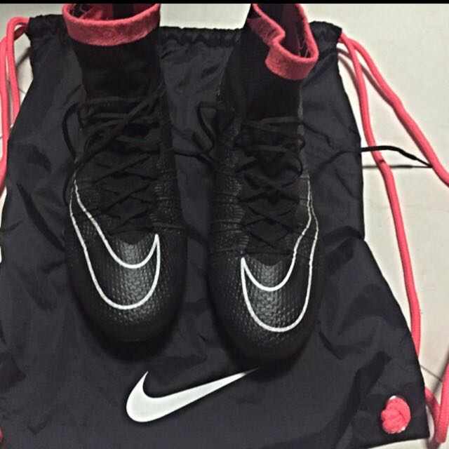 detailed look d83bf c2d95 Nike Mercurial Superfly 4 Black And Pink, Sports on Carousell