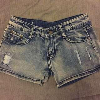 刷破小短褲兒