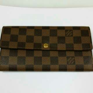(Reserved) Authentic Louis Vuitton Damier Ebene Canvas Sarah Wallet N61734 (LV long wallet)