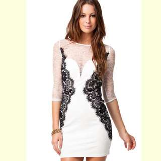 Long-sleeve Laced White Dress