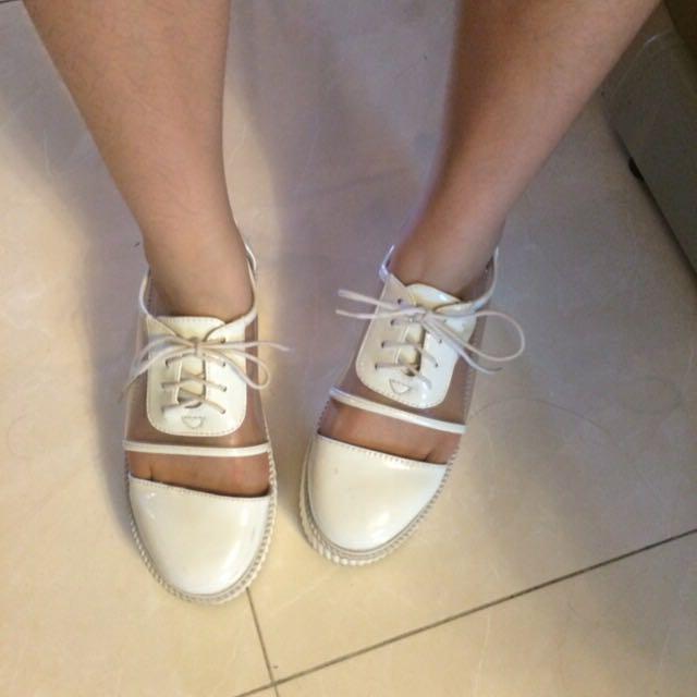 白透明厚底鞋