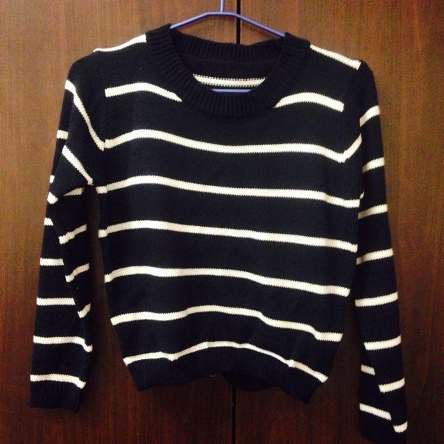 (保留)深藍條紋短版針織衣