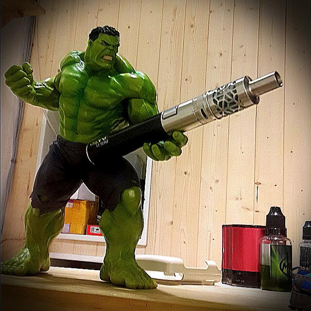 《芭辣夯貨》精緻 Hulk 公仔 超真實