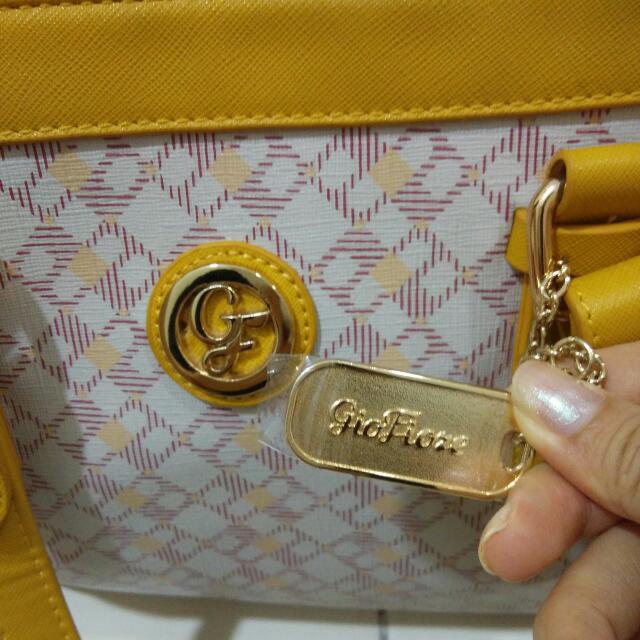 Source Gio Fiore Handbag Women S Fashion On Carou