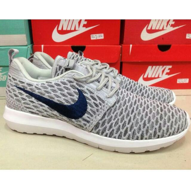 606557e951ef0 Nike Roshe Run Flyknit Grey Limited Edition