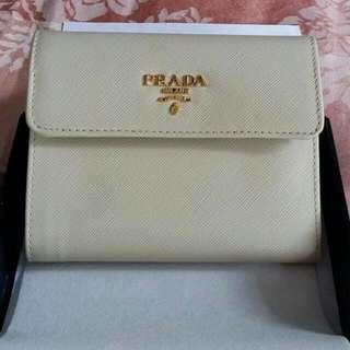 BNIB Authentic PRADA wallet  Sweet CERA Colour Plenty Of Card Slots Impulse Buy Hence Selling It Cheap