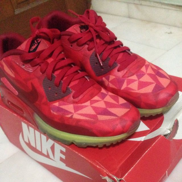dab13847e7d3 airmax 90 ice gym red