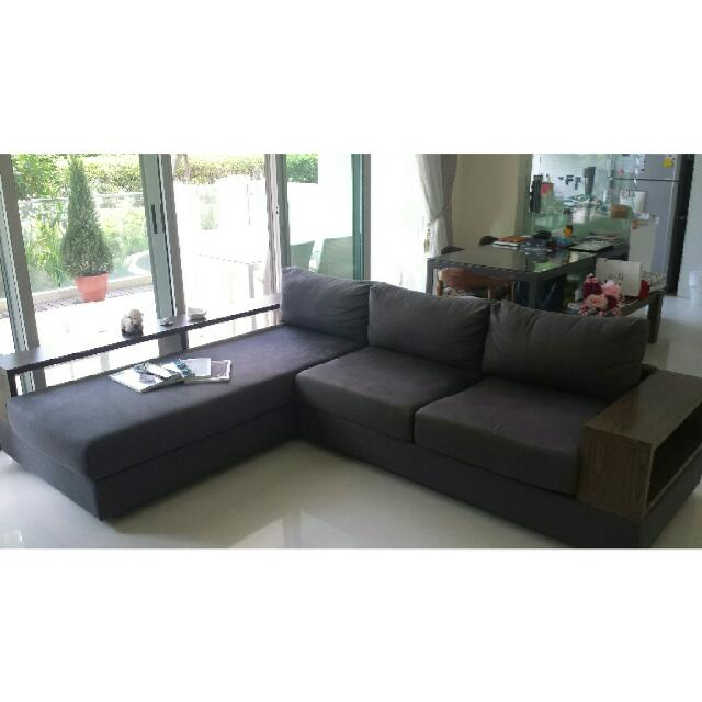 L Shed Cellini Elda Sofa Matching Tv Console For In Separate Post Furniture On Carou