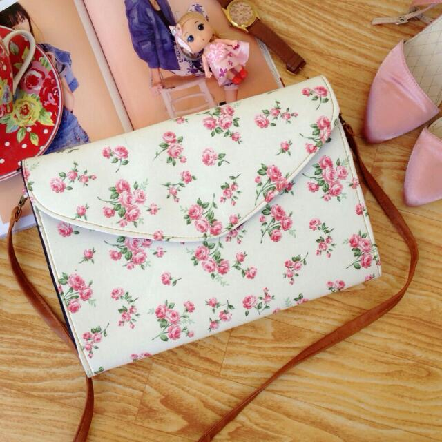 Ready Stock ■ Rosalie Envelope Floral Clutch