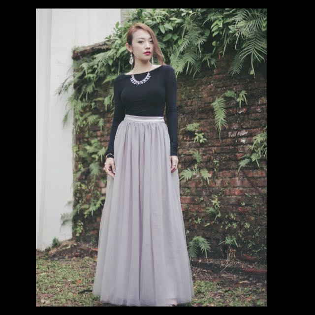 ab5a12f1cb VAINGLORIOUSYOU SWAN BY VGY Aurelie Ballerina Mesh Tulle Maxi Skirt in GREY  SIZE L BNIB, Women's Fashion on Carousell