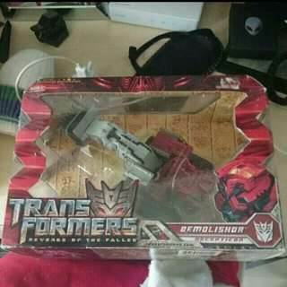 *NEW UNOPENED IN BOX* TRANSFORMERS REVENGE OF THE FALLEN VOYAGER CLASS DEMOLISHOR