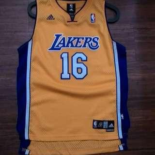 NBA Pau Gasol 湖人 球衣 女王嫌我球衣多要出清囉